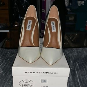 Steve Madden Proto Leather Shoes
